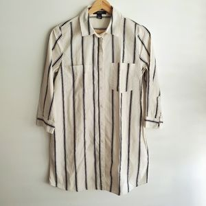 FOREVER 21 Button Down Shirt Stripes Size M